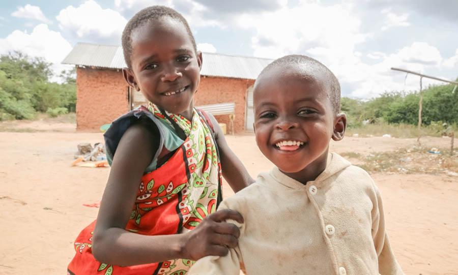 Nenäpäivä-keräys auttaa lapsia koronan keskellä yhteensä 17 maassa yhdeksän luotettavan järjestön ammattitaidolla.